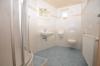**VERMIETET**DIETZ: Große 1 Zimmer Souterrainwohnung mit Einbauküche und Kaminofen! - Duschbad mit Urinal