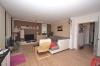 DIETZ: 3-Zimmer Neubau mit Balkon - Gäste-WC - Fußbodenheizung - Jügesheim - Wohnbereich
