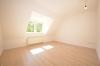 **VERMIETET**DIETZ: TOP 2 Zimmer-Wohnung mit Einbauküche inmitten der Babenhäuser Kernstadt!! - Wohnzimmer