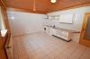 **VERMIETET**DIETZ: Große 2 Zimmer Souterrainwohnung mit 2 Bäder - Einbauküche - 2 Außenstellplätze - kautionsfrei - Wohnküche inkl