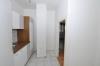 **VERMIETET**DIETZ: 1 Zimmer Wohnung mit Küche, Badezimmer und Mini Balkon direkt am MARKTPLATZ! - Blick in die Küche