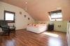 **VERMIETET**DIETZ: Supergünstige, gepflegte 4 Zimmer Dachgeschosswohnung in ruhiger Lage - PKW-Stellplatz inkl. - Schlafzimmer 1 von 3