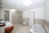 **VERMIETET**DIETZ: Umfangreich sanierter Bungalow mit 569m² Grundstück und gehobener Ausstattung! - Tageslichtbad mit Wanne+Dusche