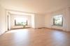 **VERMIETET**DIETZ: Großes Haus mit 7 Zimmer - 4 Bäder - Terrasse - Garten - Garage - Balkon - Einbauküche - Wohnzimmer