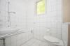 **VERMIETET**DIETZ: Frisch renovierte 2-3 Zimmer Terrassenwohnung mit hellem Tageslichtbad mit Dusche - 2 Familienhaus - Tageslichtbad mit Badewanne