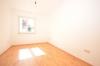 **VERMIETET**DIETZ: Frisch renovierte 2-3 Zimmer Terrassenwohnung mit hellem Tageslichtbad mit Dusche - 2 Familienhaus - Kleines Wohnzimmer