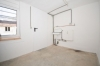 **VERMIETET**DIETZ: Frisch renovierte 2-3 Zimmer Terrassenwohnung mit hellem Tageslichtbad mit Dusche - 2 Familienhaus - Beheizter Raum
