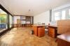 **VERMIETET**DIETZ: 5 Zimmer 230 m² - Terrassen-Wohnung mit Garten, Schwimmbad, Wintergarten, auf ca. 1000m² Grundstück - Schlafzimmer 2 von 4