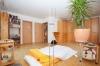 **VERMIETET**DIETZ: Rollstuhlgerechte, moderne Doppelhaushälfte mit vielen Extras!! - Schlafzimmer 1 mit Balkon