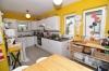 **VERMIETET**DIETZ: Gemütliche DHH mit Einliegerwohnung (bzw. Büro) - Untermietvertrag möglich! - Blick in die Küche