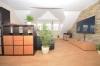 **VERMIETET**DIETZ: Hochwertige Ausstattung! Maisonettewohnung mit vielen Extras im jungen Mehrfamilienhaus in ruhiger (fast) Ortsrandlage! - Hochwertige Echtstein-Wand