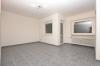 **VERMIETET**DIETZ: Sanierte 1 Zimmerwohnung mit optionaler Einbauküche - KFZ-Stellplatz inklusive - SÜD-WEST-BALKON - Wannenbadezimmer - Wohnbereich