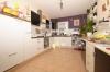 **VERMIETET**DIETZ: Familienfreundliche Terrassenwohnung mit eigenem Garten im gepflegten 3-Familienhaus in Groß-Umstadt! - Offene Küche