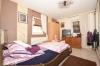**VERMIETET**DIETZ: Familienfreundliche Terrassenwohnung mit eigenem Garten im gepflegten 3-Familienhaus in Groß-Umstadt! - Schlafzimmer 1 von 3