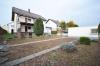 **VERMIETET**DIETZ: Sehr schönes 2 Familienhaus mit Doppelgarage - Großer Garten - Große Hofeinfahrt - Terrasse - Balkon - Außenansicht