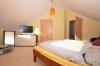 **VERMIETET**DIETZ: JÜGESHEIM! Gemütliches Reihenmittelhaus mit moderner Split-Level-Bauweise - Garage - Einbauküche - modernes Bad und Gäste-WC - Elternschlafzimmer mit Ankleide