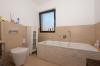 **VERMIETET**DIETZ: JÜGESHEIM! Gemütliches Reihenmittelhaus mit moderner Split-Level-Bauweise - Garage - Einbauküche - modernes Bad und Gäste-WC - Hochwertiges Badezimmer