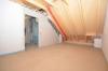 **VERMIETET**DIETZ: NEUBAU-ERSTBEZUG 2 Zimmer Dachgeschoss mit Gauben - Fußbodenheizung - KFZ-Stellplaz im Niedrigenergiehaus! - Schlafzimmer