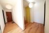 **VERMIETET**DIETZ: Feine Single / Pärchenwohnung mit Garage und Gartennutzung - Freundlicher Eingangsbereich