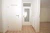 **VERMIETET**DIETZ: NEU-SANIERTE 2 Zimmer Erdgeschosswohnung mit Gartennutzung - PKW-Stellplatz inklusive - 3-fach verglaste Fenster! - Diele mit Abstellraum