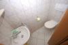 **VERMIETET**DIETZ: Klasse 2 Zimmer Erdgeschosswohnung - Wanne+Dusche - Gaeste-WC - Ruhig aber Zentral! - Das Gäste WC