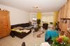 DIETZ: Günstige 3 Zimmerwohnung der besonderen Art! Jung und modern mit SÜD-WEST-Balkon - Wanne+Dusche - PKWStellplatz - Einbauküche - Wohnzimmer