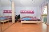 **VERMIETET**DIETZ: Tolle 4 Zimmer Erdgeschosswohnung mit Terrasse und Garten in schöner Wohnlage von Nieder-Roden! - Schlafzimmer 1 von 2