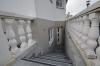 DIETZ: 2 Zi. Wohnung mit Einbauküche - eigener Gartenbereich - ruhig gelegen im Neubaugebiet - Treppenabgang