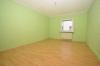 **VERMIETET**DIETZ: Große 4 Zimmer Erdgeschosswohnung mit Gartennutzung im 2 Familienhaus - in ruhiger Lage von Groß-Zimmern - Schlafzimmer 2 von 3
