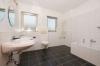 **VERMIETET**DIETZ: 3 Zimmerwohnung im 1. Obergeschoss mit Balkon und großem Tageslichtbadezimmer im schönen Wohngebiet OST! - Tageslichtbad mit Wanne+Dusche