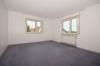 **VERMIETET**DIETZ: Renovierte 2,5 Zimmerwohnung mit großem Wohnzimmer - Balkon und Garage!! - Schlafzimmer