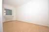 **VERMIETET**DIETZ: TOP 3 Zimmer Erdgeschosswohnung mit Loggia - gepflegt und modernisiert! mit Tageslicht-Wannenbad! - Schlafzimmer 2 von 2