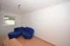 **VERMIETET**DIETZ: Moderne 2 Zimmerwohnung im Erd- und Untergeschoss - Einbauküche - PKW-Stellplatz - Auf Wunsch möbliert - Wohnbereich