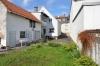 DIETZ: TOP 3 Zimmerwohnung mit Balkon - PKW-Stellplatz - optionaler Einbauküche in guter Lage von Nieder-Roden - Außenansicht Zweifamilienhaus