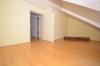 **VERMIETET**DIETZ: Hervorragende Doppelhaushälfte in BEST-LAGE von Ober-Roden - BREIDERT - mit Vollkeller - Feldrandlage - Schlafzimmer 3 mit Balkon