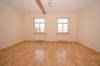 **VERMIETET**DIETZ: 5-6 Zimmer Maisonetten-Traum im Herzen Groß-Umstadts mit großer Garage + PKW-Stellplätze - Schlafzimmer 1 von 4