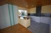 **VERMIETET**DIETZ: Sonnige 3 Zimmer Landhauswohnung mit toller Dachterrasse Spessartblick - Küchenbereich mit Theke