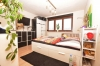 **VERMIETET**DIETZ: Große 3 Zimmerwohnung mit neuwertiger Einbauküche Tageslichtbad Wanne und Dusche - Schlafzimmer 1 von 2