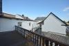 **VERMIETET**DIETZ: Gemütliches Fachwerkhaus mit optional 100 qm Lagerfläche im Nebengebäude - Großer Balkon mit Innenhof