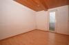 **VERMIETET**DIETZ: Gemütliches Fachwerkhaus mit optional 100 qm Lagerfläche im Nebengebäude - Schlafzimmer 3 von 5