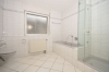 **VERMIETET**DIETZ: Weiskirchen - Tolle 4 Zimmerwohnung mit überdachtem Balkon und 2 Tageslichtbäder - Masterbadezimmer