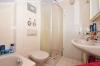 **VERMIETET**DIETZ: Top 1 Zimmerwohnung mit Balkon, Wanne, Dusche, Garten, Einbauküche - Badewanne und Dusche1