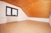 **VERMIETET**DIETZ: Moderne 3-4 Zimmerwohnung in Feldrandlage - Garage - Einbauküche - Schlafzimmer 1 von 2