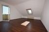 DIETZ: 3,5 Zimmerwohnung in Dieburg Badewanne - PKW-Stellplatz - SonnenBalkon - Wohnzimmer