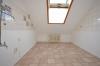 DIETZ: 3,5 Zimmerwohnung in Dieburg Badewanne - PKW-Stellplatz - SonnenBalkon - Kleine Küche