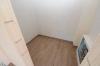 **VERMIETET**DIETZ: 1 Jahr junge, hochwertige 2 Zimmer Dachgeschosswohnung in Rodgau - Jügesheim - Abstellraum innerhalb