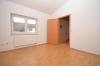 **VERMIETET**DIETZ: Einfamilienhaus mit toller Architektur - Einzugsbereit - 2 Bäder - Schlafzimmer 2 von 2