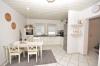 DIETZ: Neu renovierte 3 Zimmerwohnung - Wanne, Dusche, G-WC, T-Garage - Offene Küche