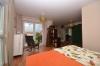 **VERMIETET**DIETZ: JÜGESHEIM Neuwertige Doppelhaushälfte mit Keller - Familienlage! - Schlafzimmer 1 mit Balkon