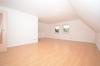 **VERMIETET**DIETZ: Hochwertige 3 Zimmer Wohnung ersten OG - Direkte Feldrandlage - Wohnzimmer